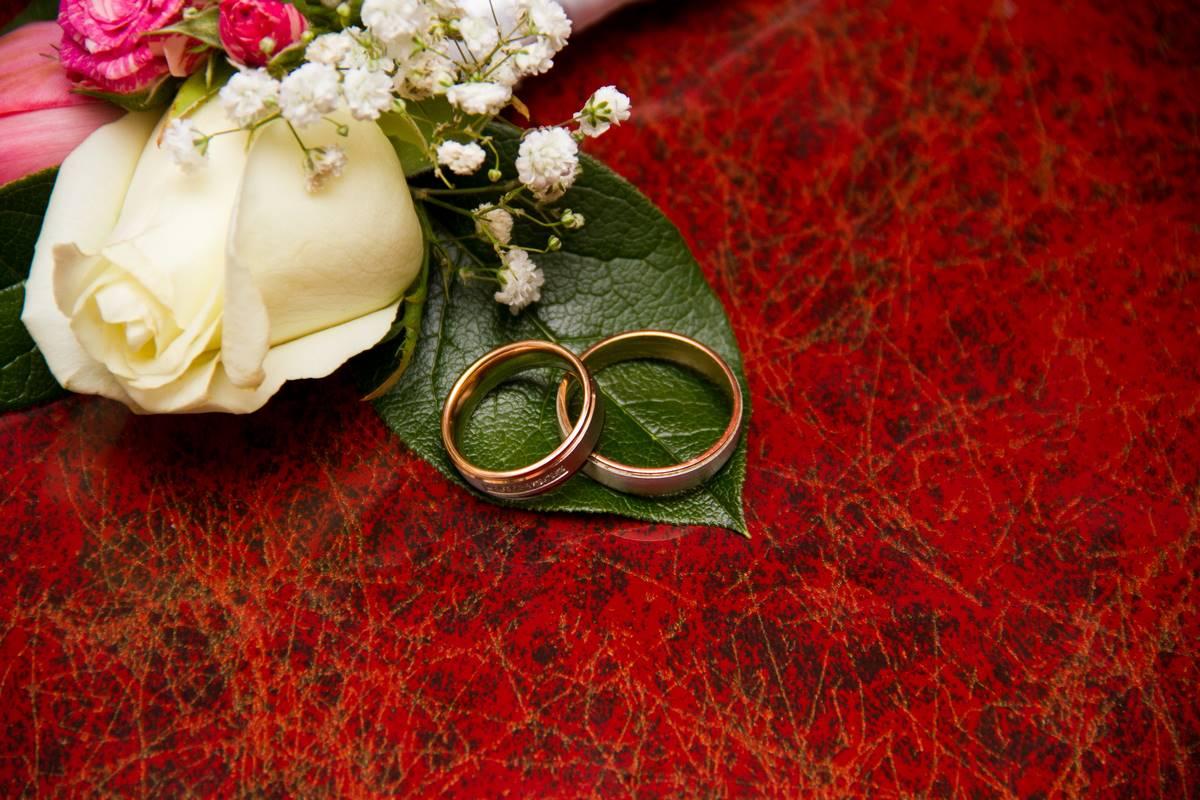 Traumhafte Eheringe für Mann und Frau