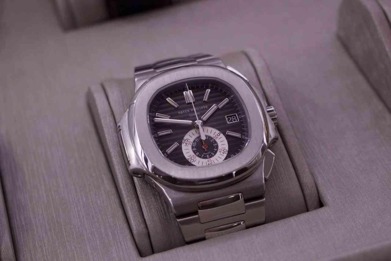 Patek Philippe – Die Luxusuhr mit dem Calatrava Kreuz